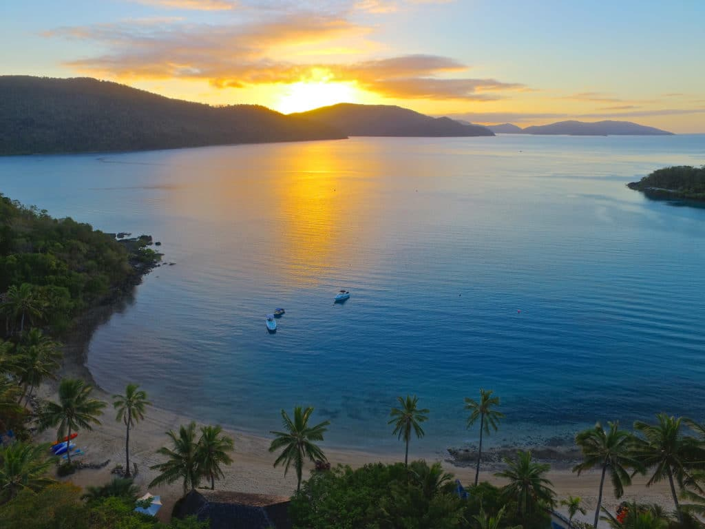 Airlie Beach Sunset Cruise To Palm Bay Resort