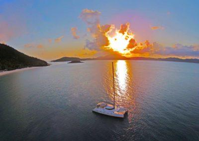 Entice-Whitsundays-Tour-at-sunset