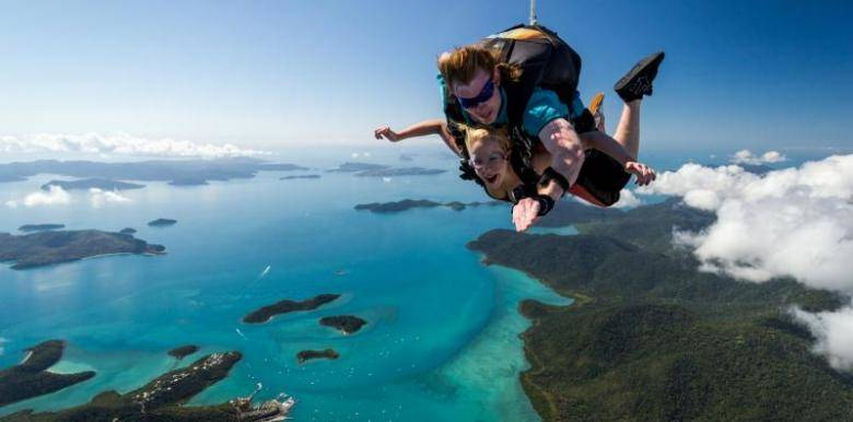 whitsundays skydive