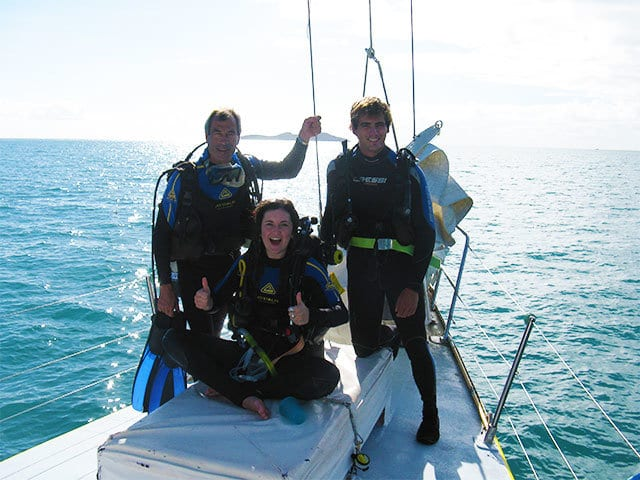 scuba diving is available on apollo whitsundays