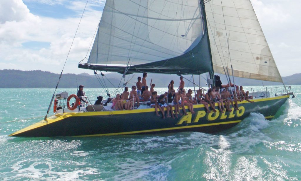 Apollo Whitsundays Tour with guests sailing
