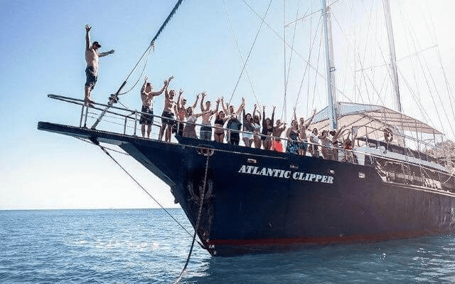 Whitsundays Boat Trip Backpackers