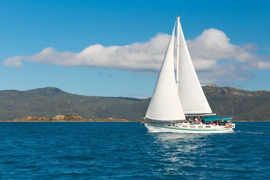 Prima Whitsundays Tour Sailing