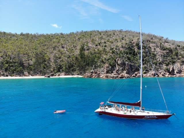 Siska Whitsundays Overnight Sailing Tour