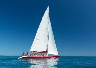 Siska - Sailing Calm Waters - Explore Whitsundays (Small)