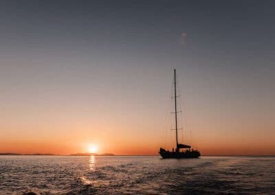 Sunset Blue Pearl Bay (1) (Medium)