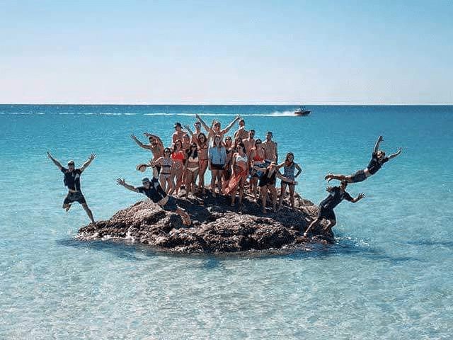 Whitsundays Student Tours