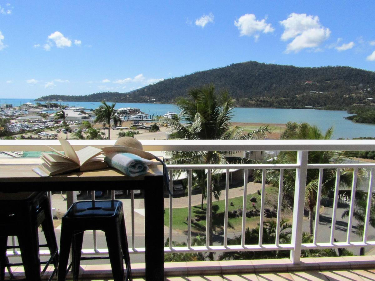 Coral Sea Vista Apartments Airlie Beach