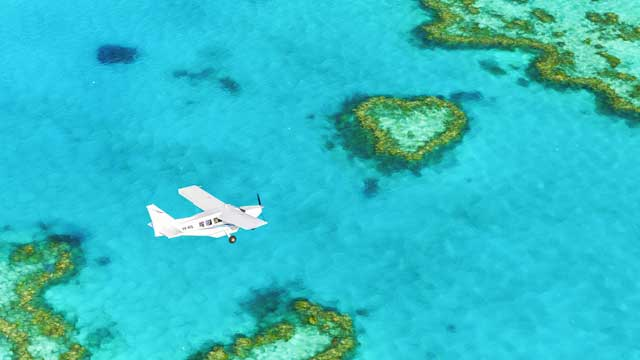 Great Barrier Reef and Whitsunday Islands scenic flight