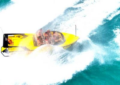 1.Jet-Boat-Day-Tour-Airlie-Beach