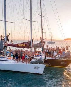Whitsundays Party Boat Tour
